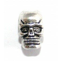 Perle tête de mort métal 11x9mm argenté vieilli x 1
