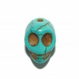 Perle tête de mort turquoise 10 mm x 10