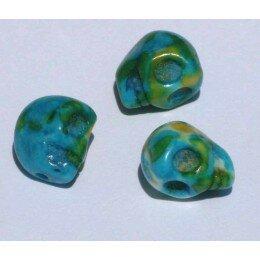 Perle tête de mort en jade 10x 8.5 mm